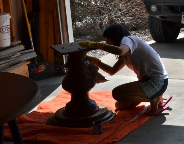 staining the table pedestal